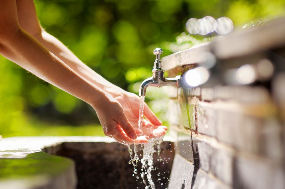 The Differences Between Well Water and City Water